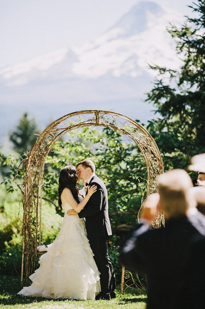 mt. hood organic farms wedding photo (19)