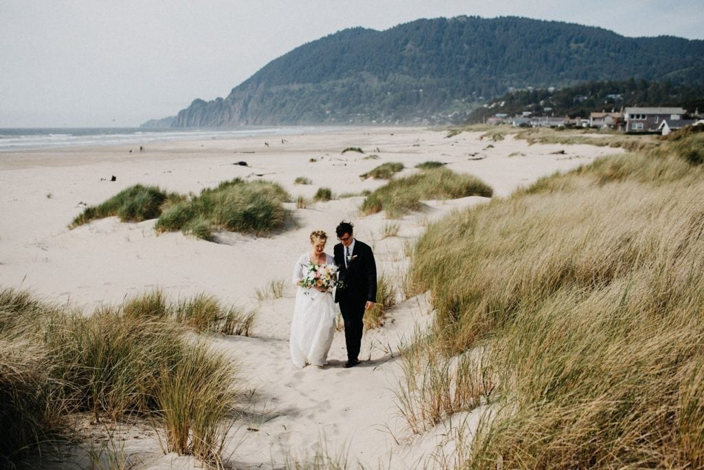 oregon-coast-intimate-wedding-101