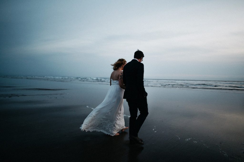 oregon-coast-intimate-wedding-129