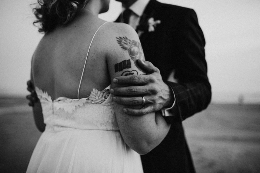 oregon-coast-intimate-wedding-165