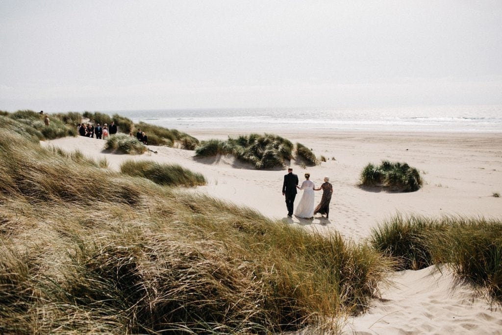 oregon-coast-intimate-wedding-80